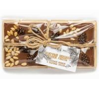 Шоколад молочный с сосновой шишкой и кедровым орехом 100г